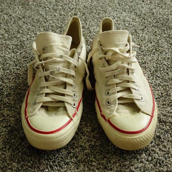 Vintage 80s Converse Low Top Sneakers